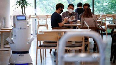 تصویر از چیزنت تیوی | ربات کارگر در کافه
